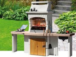 Barbecue Da Esterno In Pietra : Come si accende dopo l inverno un barbecue in muratura consigli