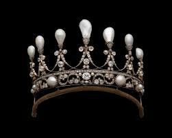 تيجان ملكية  امبراطورية فاخرة Images?q=tbn:ANd9GcTUyDuAgym0hw4gULgjWtKCmAEILXCE6DXLzfa3rhtkMKG52rvz