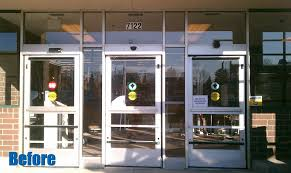 automatic sliding door installation in chicago at a gyro tech location