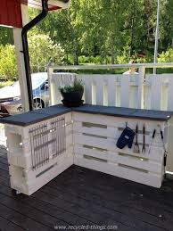 pallet furniture garden. Furniture From Pallets. 5. L-shaped Countertop With Plenty Of Storage Space Pallet Garden