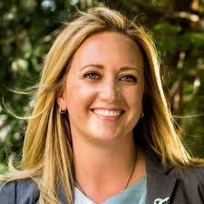 Sara Johnson-Rothman | Sister District Project