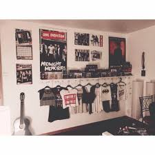 Lovely One Direction Bedroom Decor Pinterest The World39s Catalog Of Ideas  Decoration
