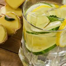Zitronenlimonade zum abnehmen
