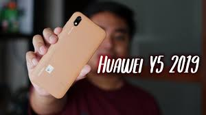 <b>Huawei Y5 2019</b> Unboxing and First Impressions - YouTube