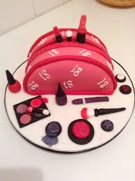 pink makeup bag 18th birthday 28384 597x799