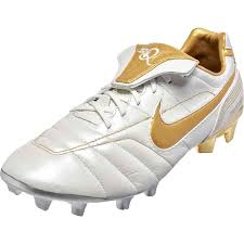 Nike Tiempo Legend VII 10R - Ronaldinho edition - SoccerPro.com
