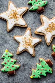 These sugar cookies decorated with royal icing bring the joy of christmas and summer fun together in one cookie. How To Decorate Sugar Cookies Sally S Baking Addiction
