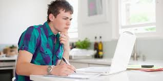 the dos and don ts of writing a college essay campus bound photo huffington post