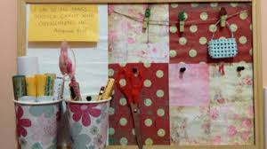 Parete Lavagna Fai Da Te : Crea una lavagna di sughero decorata fai da te casa