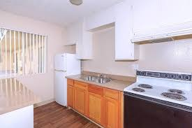 hton court apartments las vegas nv