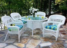 charming white garden furniture