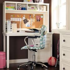 bedroom teen room decoration using white desk and chair combine