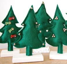 Daisy Janie How To Make Small Cute Felt Christmas Trees4 Christmas Trees