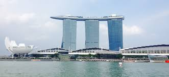 infinity pool singapore dangerous. And An Infinity Pool, All Set On Top Of The World\u0027s Largest Cantilevered Platform, Which Overhangs North Tower By 67m \u2013 Seriously Impressive! Pool Singapore Dangerous