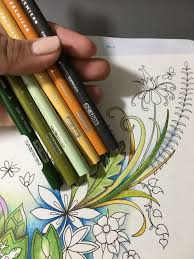 Pin by Beatriz Gleason on PRISMACOLOR Combos by Leslie Francisco ...