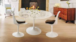 Tulip Table Designer The Story Behind Eero Saarinens Iconic Pedestal Table