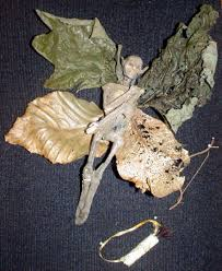 Here you go Nannee! - Experts Confirm the Mummified Remains of Faeries  Images?q=tbn:ANd9GcTV7Hz09hYOJp21Kopwd9lr6pBrKGc9OXlbZEW7an0ff9HIMR2C4g
