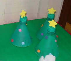 Christmas Decorations Made Out Of Plastic Bottles Recycled plastic bottles Christmas trees with plastic decorations 38