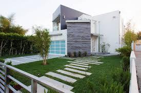 Apel Design An Unconventional House With An Asymmetrical Floor Plan