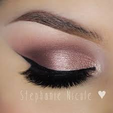 how to apply makeup for a party or night out trend to wear