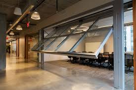 Crown 50/50 Hydraulic Doors - Interior Tech | Seattle | Portland
