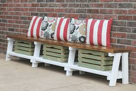 crate farmhouse bench for rustic home decoration ideas