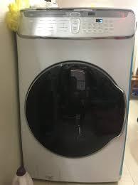 Giặt khô là hơi 27 ngõ 97 Đình Thôn, Mỹ Đình, Nam Từ Liêm . Đã đầu tư thêm máy  2 tầng, trong đó có tầng dùng riêng cho các loại áo