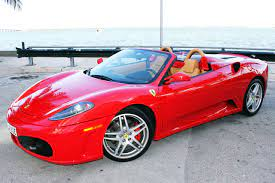 A marca de luxo tem alguns dos melho. Aluguel De Ferrari Em Miami Falando De Viagem