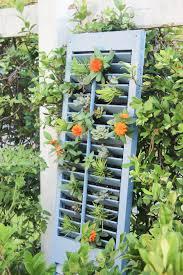diy vertical succulent garden simple