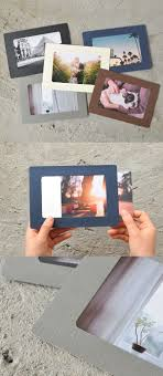 This paper frame is a simple, yet lovely photo frame to make your photos  stand