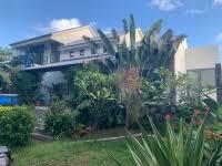 a vendre belle villa contemporaine à 100 mètres de la plage à