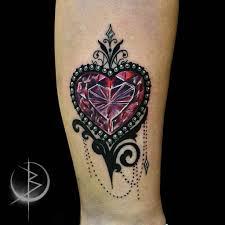 Neo Traditional Tattoo алмазное сердце на ноге сделать тату у