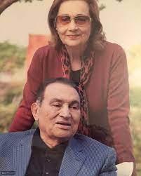 محمد حسني مبارك وهو صغير