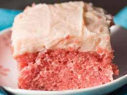 Easy Strawberry Cake Recipe