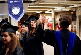 College Year Tuition At Community Colleges Is 3 660 A Year On Average