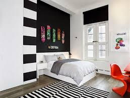 Black And White Teenage Bedroom Black And White Bedroom With Corner Shelves And Green Accents