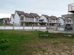 Bigger Land Size Corner Semi-D 7104 sq. ft, Full Loan at Johor Bahru, Johor  Bahru, Johor, 5 Bedrooms, 3109 sqft, Semi-Detached Houses/ Cluster Houses  for sale, by Jin Chong, RM 1,246,000, 29687253