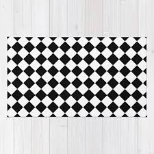 black and white diamonds checd rug