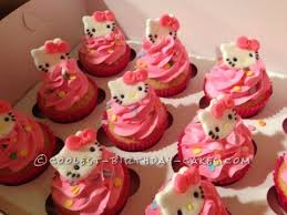 Coolest Homemade Hello Kitty Cupcakes Cakes