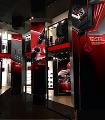 brent coffman in collaboration the senior designer created graphics for the launch of the nike golf vr s covert clubs at the nike world campus employee store