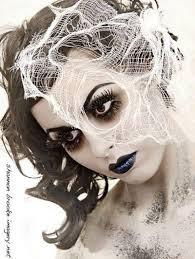 pretty zombie makeup