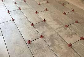 t shape tile leveling