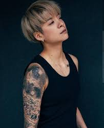 Amber of f(x): a self-reliant, outspoken tomboy whose musical ...