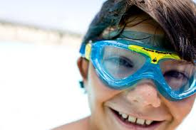 we ve teamed up with aqua sphere the coolest brand for swimming goggles to offer a family bundle of great s worth 200 aquasphereswim kids
