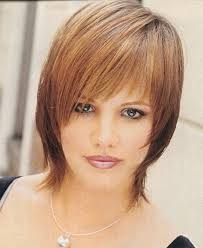 short hairstyles for fine wavy hair round face