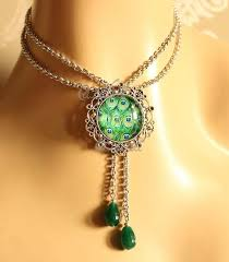 vintage style peacock green layered choker pendant necklace