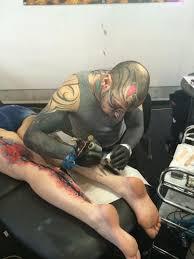 žena In Na Vlastní Kůži Veletrh Tetování