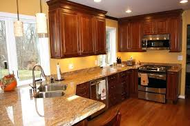 kitchen wall colors with brown cabinets colors with brown cabinets honey oak kitchen cabinets with granite