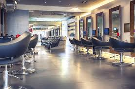 How to Start a Beauty Parlour Business in India - IndiaFilings