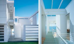 exterior white paintModern Beach House With White Exterior Paint by Richard Meier
